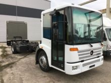 2001 MERCEDES-BENZ Econic chass