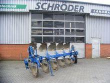 DX 590 F reversible plough