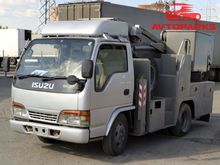 2001 ISUZU ELF bucket truck