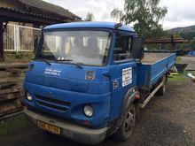 1999 AVIA A65 L flatbed truck