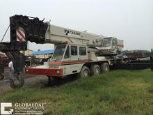 TADANO AR 2000 mobile crane