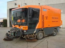 1996 RAVO 5002 road sweeper