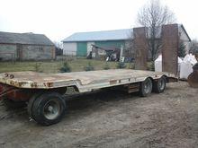 1991 CTC low loader trailer