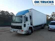 1995 VOLVO FL615-58KH closed bo