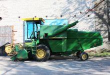 JOHN DEERE 955 combine-harveste