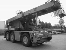2005 DEMAG AC40 mobile crane