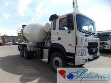 2013 HYUNDAI concrete mixer tru