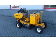 CARLTON SP 4012 stump cutter