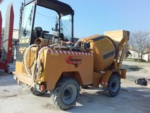 2008 Dumec bt 1600 concrete mix