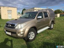 2010 TOYOTA Hilux pick-up