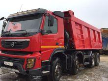 2013 VOLVO FMX dump truck