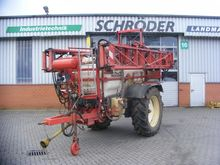 IN 250 self-propelled sprayer