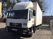 2005 MAN closed box truck