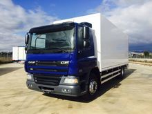 Used DAF CON PUERTA