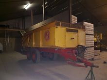 1984 Mullie T 12 tractor traile