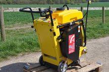 FAIRPORT FFS450 asphalt cutter