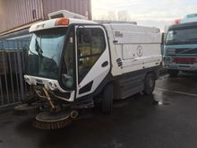 Used 2004 JOHNSTON r