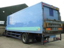 2004 DAF LF 55-220 closed box t