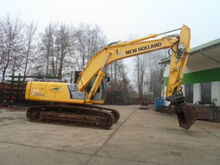 2012 HOLLAND E 215 tracked exca