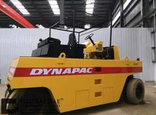 DYNAPAC CT271 road roller