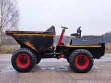 Used 2002 BENFORD D