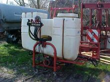 IS 1000 mounted sprayer
