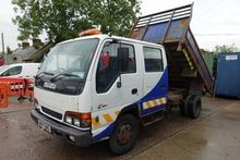 Used 2002 ISUZU NPR