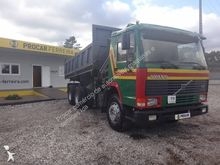 1991 VOLVO 340 dump truck