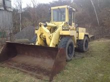 1988 UNK 320 wheel loader