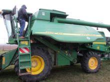 2008 JOHN DEERE combine-harvest