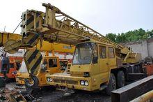 2010 TADANO TL300E mobile crane