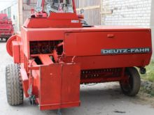 DEUTZ-FAHR 440 square baler