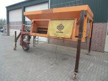 N4562, zoutstrooier vrachtwagen