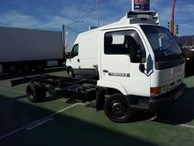 2000 NISSAN CABSTAR. E chassis