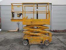 Used 2005 GENIE GS 1