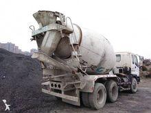 1998 ISUZU CYZ concrete mixer t