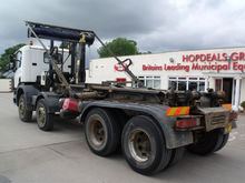 2002 SCANIA hook lift