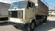 1976 VOLVO F 89 dump truck