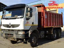 2011 RENAULT KERAX dump truck