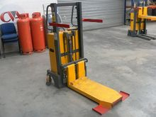 Pallet stacker by auction