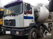 Used 2000 MAN 8X4 co