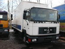 1990 MAN 12.192 closed box truc