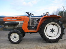 1999 KUBOTA B1600 mini tractor