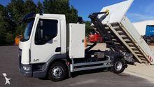 2016 DAF 180 dump truck