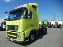 2010 VOLVO FH42 tractor unit