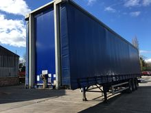 2009 SDC CURTAIN SIDE TRAILER 2