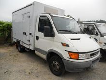 2002 IVECO DAILY 35C11 closed b
