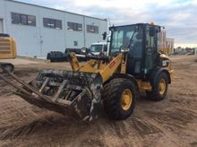 2012 CATERPILLAR 906H wheel loa