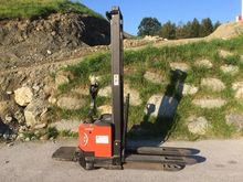 Used 2006 BT SWE120