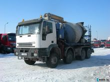 2001 IVECO concrete mixer truck